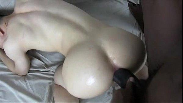 Porno gay amador com negão arrombando branquelo