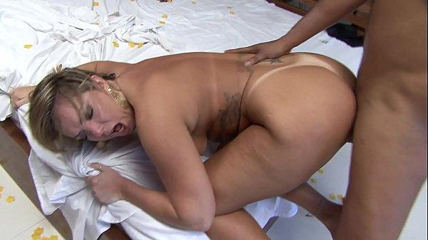Pornhub BR loira rabuda top dando no motel