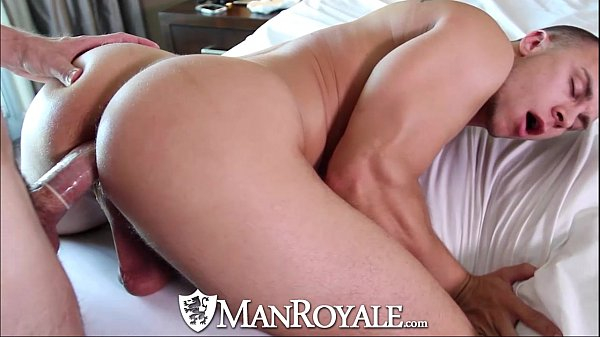 Porno com gay dando a bunda gostosa pro dotado