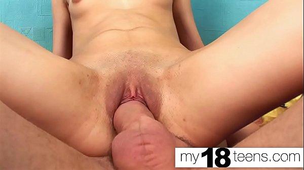 Pornhub novinha greluda fodida e gozada