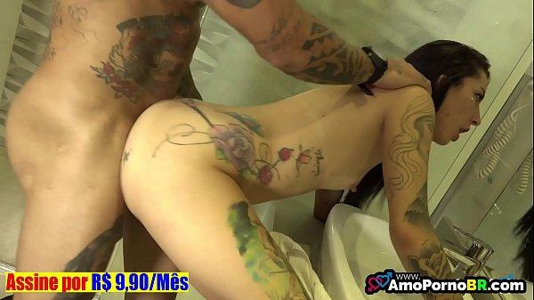 Beeg novinha carioca dando no banheiro do motel