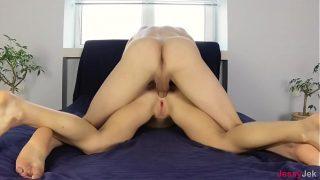 Pornhub amador anal com magrinha bucetuda